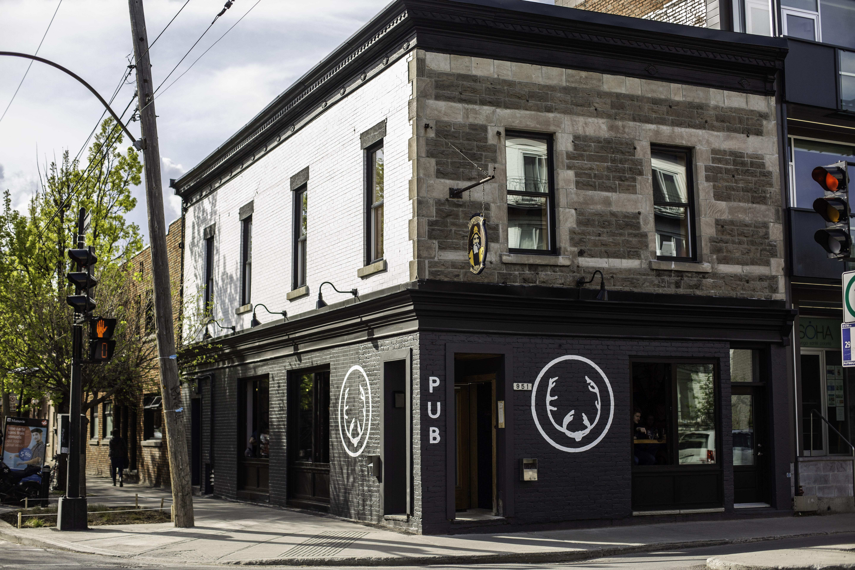 Pub Montréal extérieur